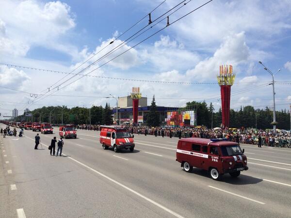 парад пожарной техники