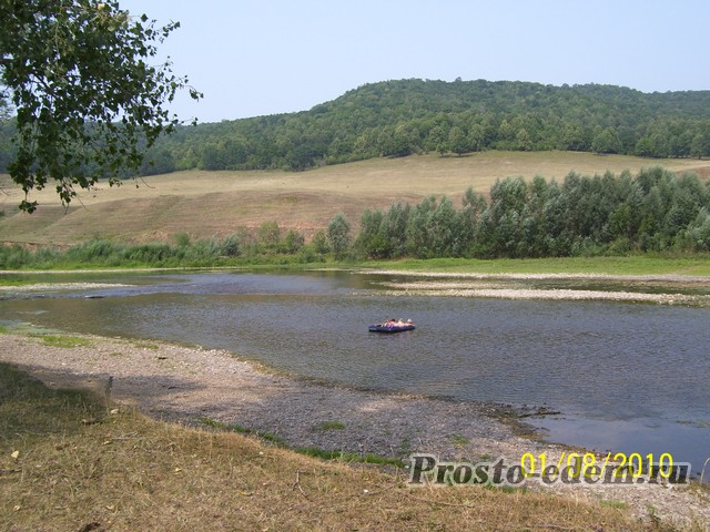 Берег реки Инзер
