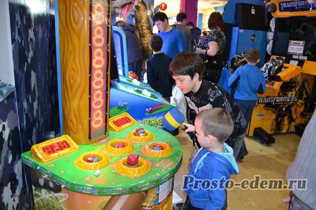 Игровые автоматы в Планете в Уфе