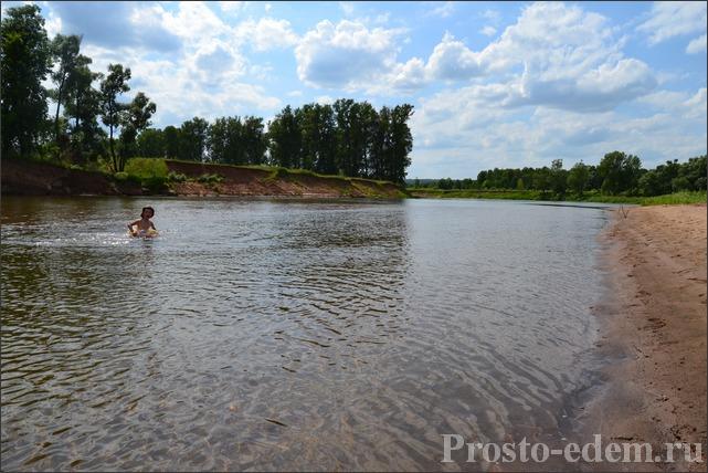 купание на реке Сим