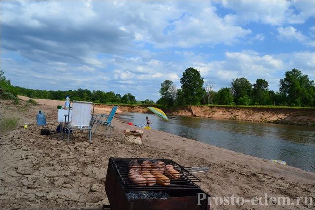 пикник на реке Сим