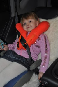 Подушка-путешественница Манюни для детей