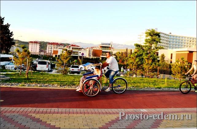 Велорикши на олимпийской набереженой: цены