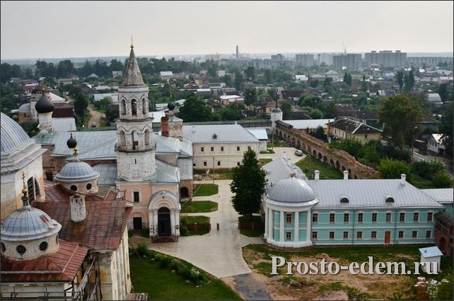 Борисоглебский монастырь со смотровой площадки
